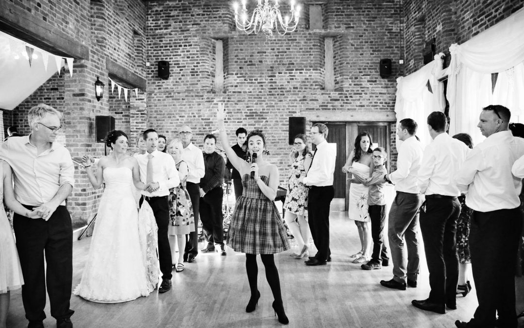 Sussex Ceilidh Band teaching calling dancing