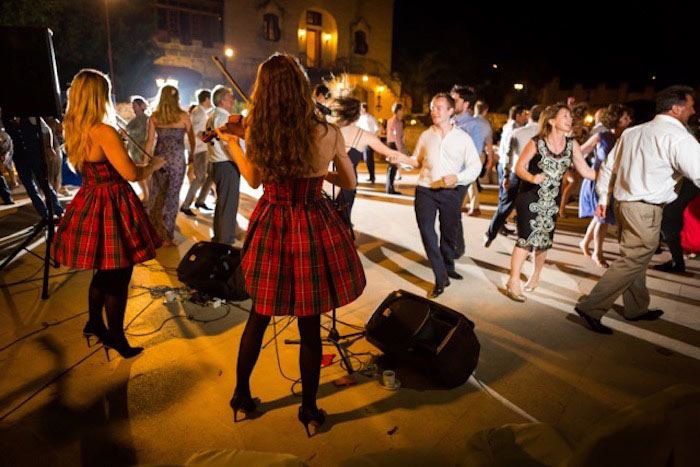 destination wedding malta ceilidh band